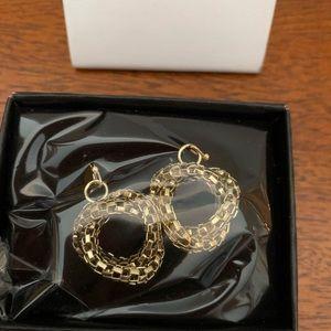 Avon Goldtone Snake Chain Pierced Earrings